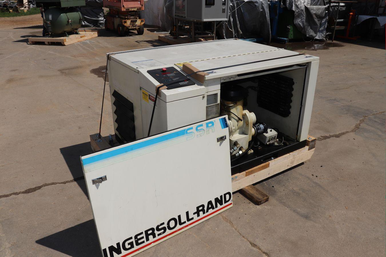 Model SSR-EP15U, S# J3076U90F, Rated operating pressure 125 psig, Max  discharge pressure 128 psig, Drive motor 15hp 230/460v 3ph 60hz 42/21 amps,  ...
