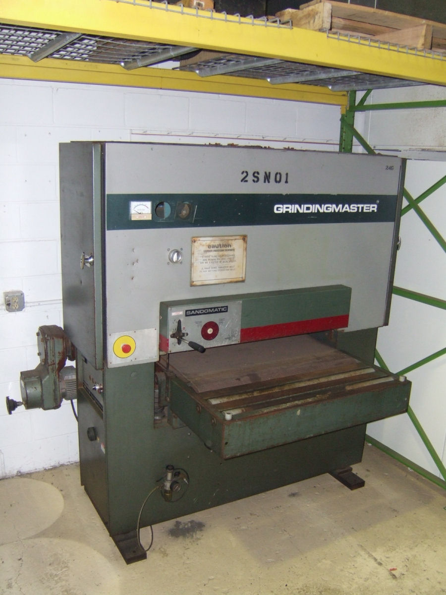 Type SCSB900, S# KM698-06, Variable speed in feed, Spindle brake, Powered  up/down elevation on table, Extra wheels, 18kw 3,400 rpm 220/440v 3ph Wired  220v